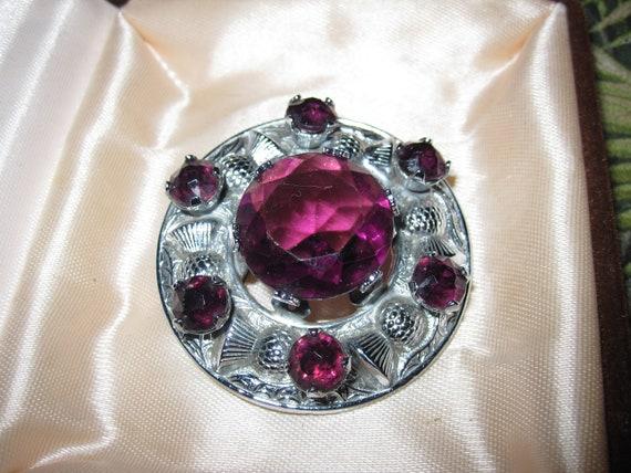 "Lovely vintage Mizpah Scottish purple glass thistle brooch 2"""