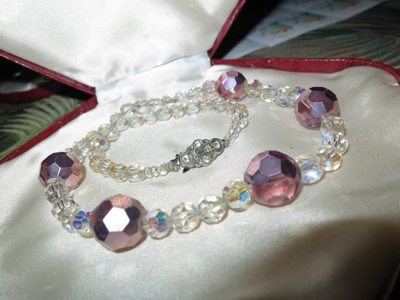 Lovely vintage aurora borealis glass necklace and bracelet set