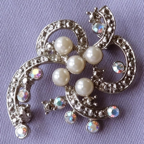 Vintage Pearl & Aurora Glass Stone Marcasite Swirl Brooch