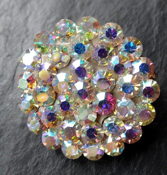 Vintage  goldtone sparkly rainbow reflective glass rhinestone   brooch