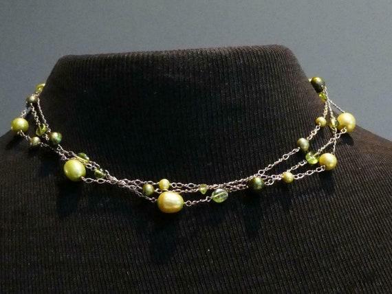 Wonderful Sterling Silver 925 3 strandGreen Glass Bead necklace
