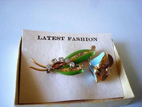 Vintage green golden  Flowers Pin Brooch Multi Color Rhinestones