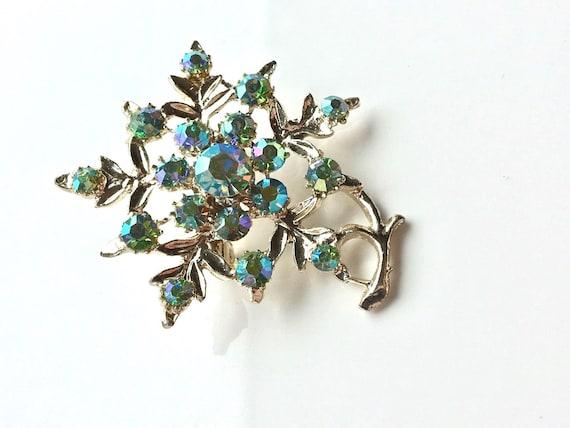 Beautiful vintage decorative gold metal blue green aurora borealis flower brooch