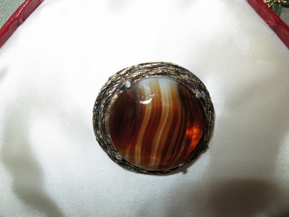 Wonderful vintage Scottish quality gold metal banded topaz glass brooch