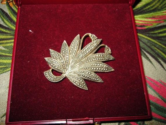 Lovely vintage gold metal fx marcasite leaf brooch