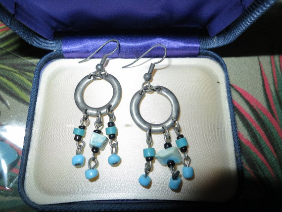 Fabulous pair of vintage silvertone turquoise  dropper earrings