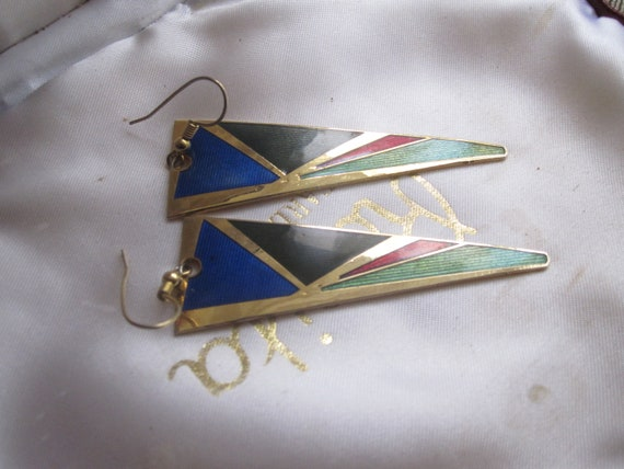 Lovely vintage goldtone  cloisonne abstract design dropper earrings