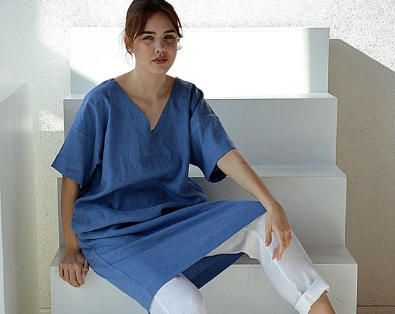 READY TO SHIP / M size / French blue linen tunic dress  / Woman's linen dress / Medium sleeve dress / Linen dress / V-neck tunic with belt