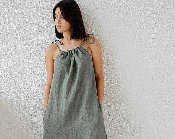 Linen short dress / Moss green linen dress / Handmade dress / Soft linen dress with regulating straps / Pocket dress