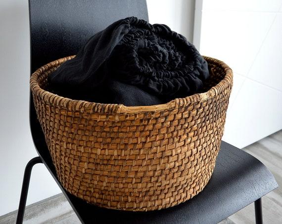 Linen fitted sheet / Stonewashed linen bedding / deep black linen sheet / Queen King sheets / 100% linen bed sheet  / Child's sheet