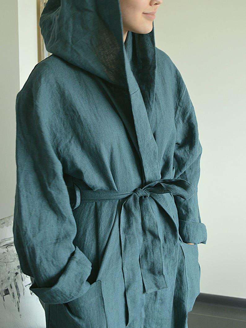 Linen bathrobe   Long robe with hood   Long linen gown   White  05525f007