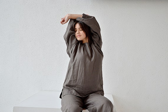 READY TO SHIP / S size / Linen loose top  / Washed linen blouse / Oversize long sleeved top / Linen woman's shirt / Weathered wood top