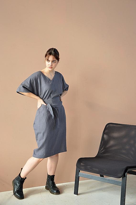 Ready to ship / Dovetail linen tunic dress / S size / Medium sleeve dress / Dark grey linen dress / V-neck tunic with belt