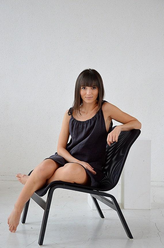 Linen dress / Handmade dress /  Soft linen dress with regulating straps / Summer linen dress / Dress with pocket