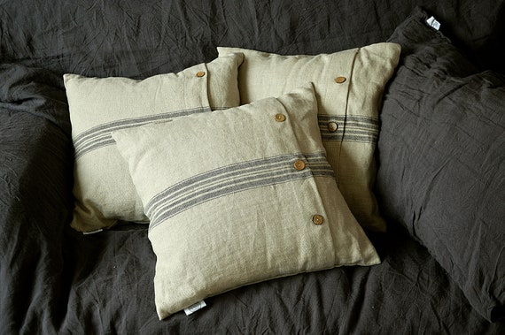 Heavy weight throw linen pillowcase - Pillowcases with coconut buttons - Cushion cover - Soft linen pillow cover