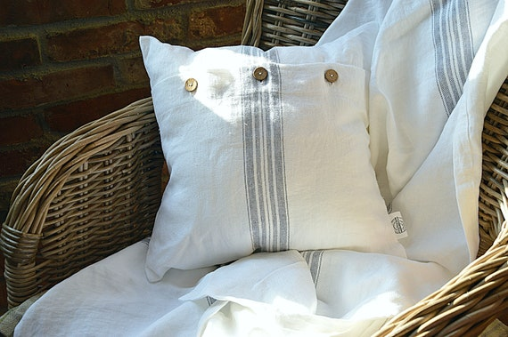 Heavy weight 320 GSM throw linen pillowcase - Snow white pillowcases with coconut buttons - Cushion cover - Soft linen pillow cover