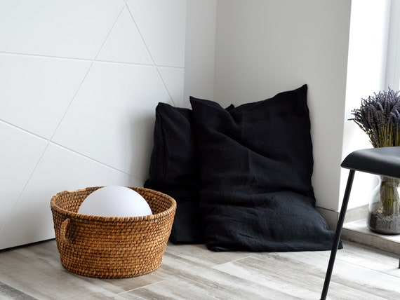 Deep black linen pillowcase / Stonewashed bed pillowcases / Envelope closure pillow covers / Simple linen pillowcase / Soft linen bedding