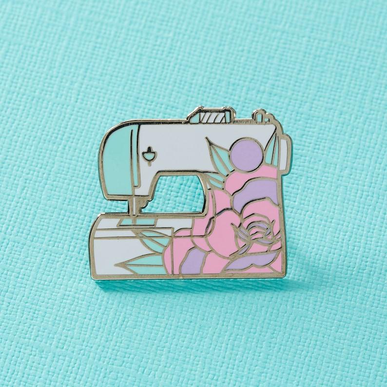 Sewing Machine Pin Badge  // Stitching sewing enamel pin image 0