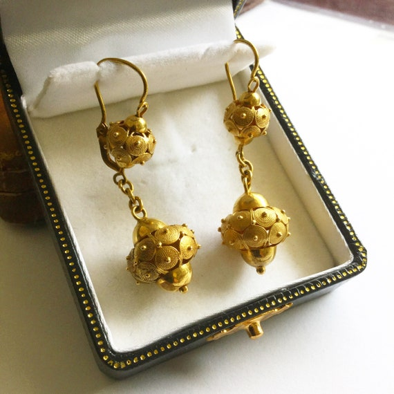 Victorian Drop Earrings - image 3