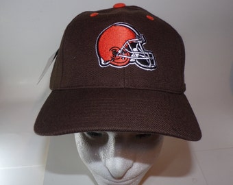 a6f6930a0 Cleveland Browns Team NFL Helmet Puma Authentic Team Apparel Vintage NWT Hat