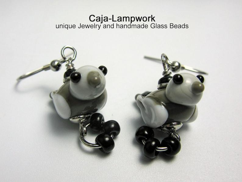 lampwork birdie playful gray-white Bird earrings birdie cheerful handmade glass birds sparrow