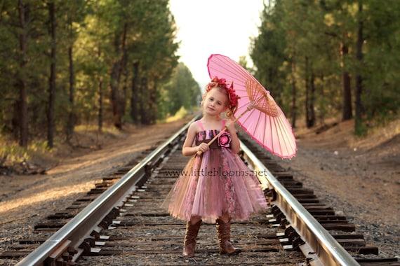 Pink camo flower girl dresses camo wedding girls pink camo etsy image 0 mightylinksfo