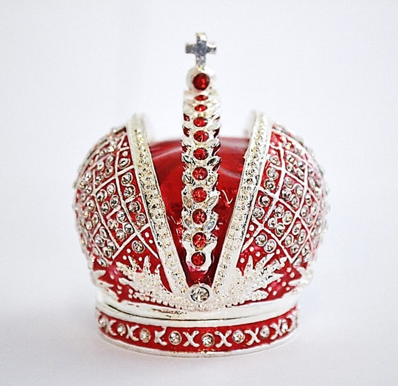 Ciel Collectables Crown Trinket Box. Hand Crafted with Swarovski Crystals.