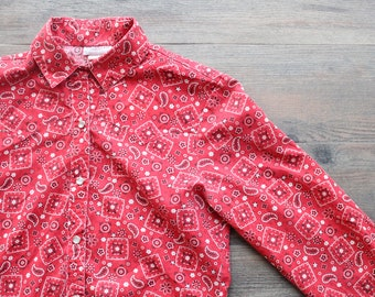 e17ae8fa62599 Vintage 1970 s LeVIS Junior s Red Bandana Print Button Up    Vintage Childs  Western Shirt    Red Paisley Floral    Levi Stauss   Co Junior