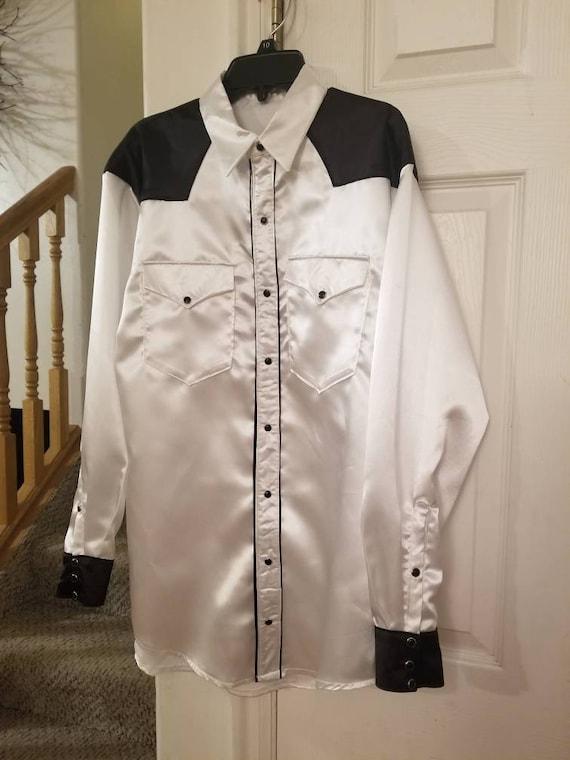 Men's Western Long or short sleeve snap front shirts, custom made.