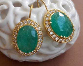 Antique earrings with emerald green agate Stone