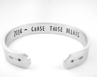 Chase Those Dreams Inspirational Bracelet, Personalized Graduation Gift with Her Initials, Graduation Jewelry, Gifts for Grads