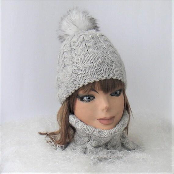 Bonnet et écharpe très clair gris tricot bonnet et foulard   Etsy f9c2fc39ed2