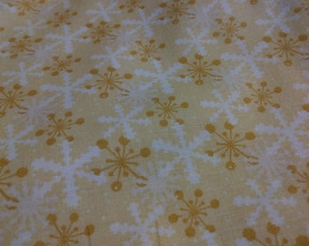 8JHF-3 It's Christmas! Snowflakes (yellow background); sold by the yard