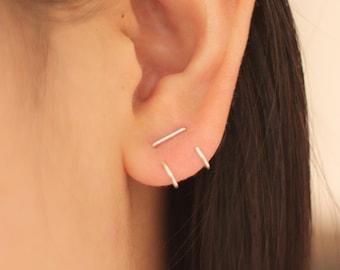 Double hugging bar earring, bar earrings, staple earring, minimal earrings