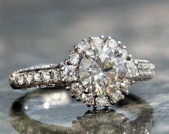 Light Champagne Diamond Engagement Ring in 18k white gold