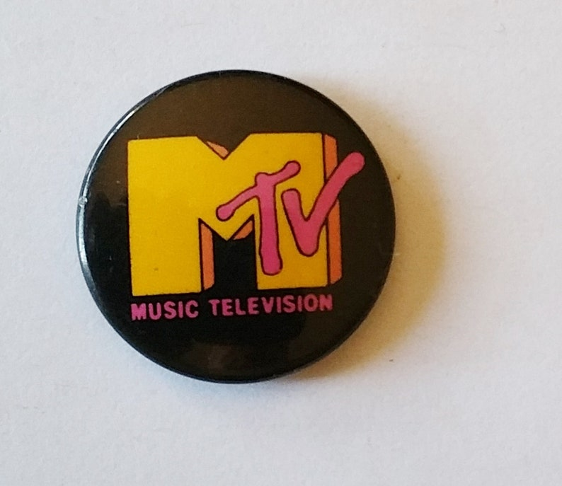 MTV LOGO Pinback 1980's New Wave Rare Power Pop Punk VH1 Music Television  Cable Video Channel VINTAGE Button Badge