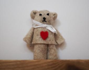 Heart teddy - i love you bear - tiny felt ted