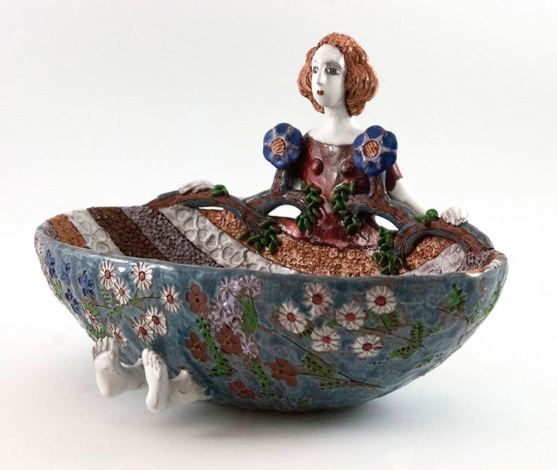 Ceramic sculpture gift Ceramic bowl Clay sculpture gift handmade art bowl Female sculpture Woman sculpture ceramic sculpture gift
