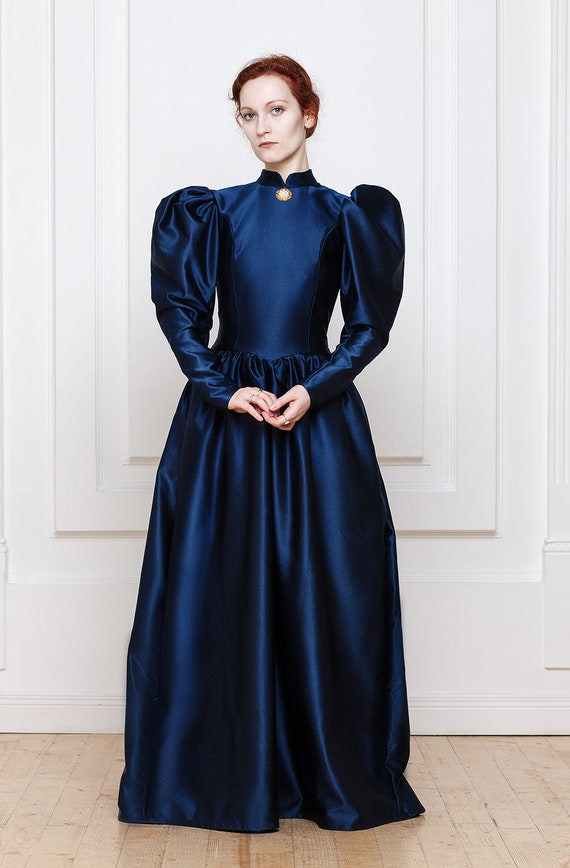 Victorian Dresses, Clothing: Patterns, Costumes, Custom Dresses 1890s Victorian Dress $250.00 AT vintagedancer.com