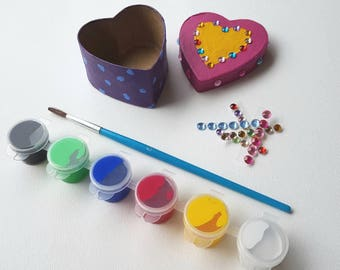 Paint a trinket box - kids craft activity - heart shaped box