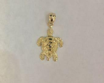 14k yellow gold hawaiian turtle honu pendant