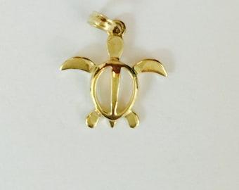 14k yellow gold medium honu petro hawaiian turtle pendant