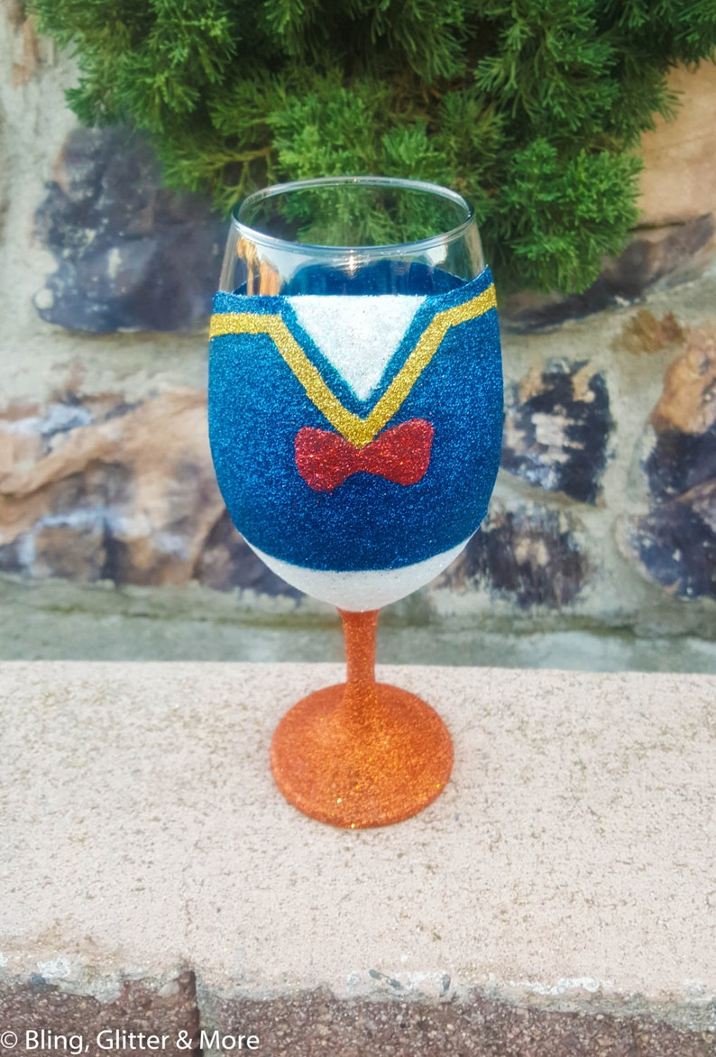 b63bdc07a90 Donald Duck Glitter Wine Glasses Disney Lover Gifts Custom