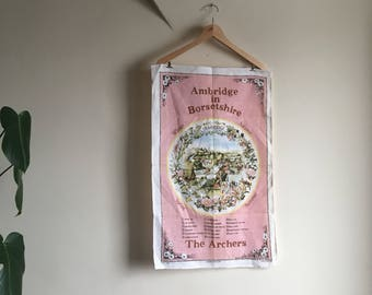 Vintage 1985 IRISH Linen Wall Tapestry