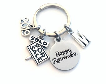 Retirement Gift for Real Estate Agent Keychain, 2019 Realtor Dad Mom Him Her Boss Key chain Keyring Retire Coworker Initial letter men 2020
