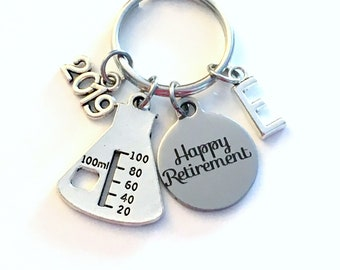 2019 Retirement Gift for Chemist Laboratory Tech Keychain, Chemistry Lab Beaker Key chain Keyring Retire Coworker Initial letter teacher him