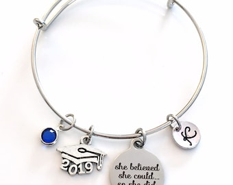 2019 Grad Cap Charm Bracelet, Graduation Gift for Teenage Girl Jewelry Silver Bangle, She believed she could so she did can hat mortar board