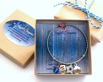 """Gift Box, Add on Note with Present, Jewelry Packaging,Brown Kraft Square for Bracelet, Keychain, Necklace 3 1/2"""" 3.5"""" White Cotton insert"""