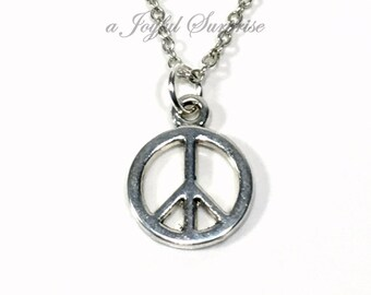 Peace Necklace for men or women Jewelry. Silver Sign Circle Charm Love and Peace Symbol Pewter Pendant Gift for Hippie Man Boy Teenage teen