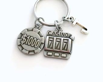 Gambling Keychain, Gambler's Poker Chip Key Chain, Slot Machine Keyring, Las Vegas Key ring Guys Weekend Party Souvenir Stag Initial Her him